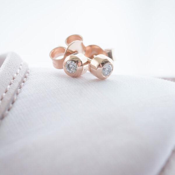 Baby Earrings Solitaire 0.05 carat