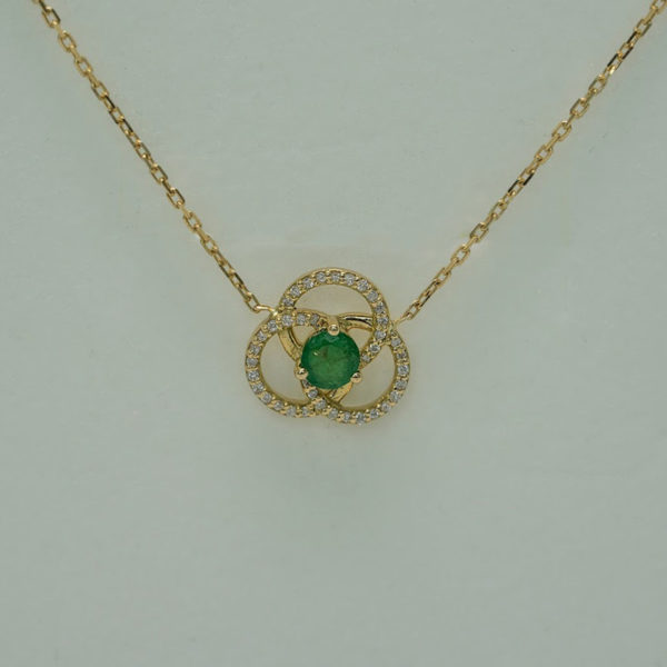 Necklace Art Deco On Emerald